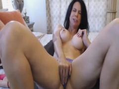 Hot chick on Cam Masturbate Her Moist Twat To Orgasm