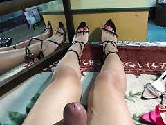 Black heels Red toes Cum