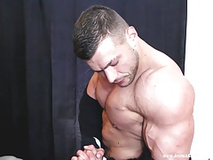 Muscle worship cum shot