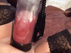 Cock in pumpcylinder