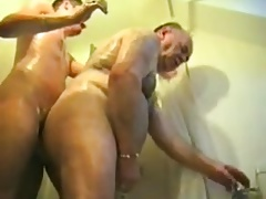 Young Men Fuck Bear Daddy