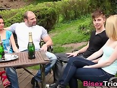 Bisex babes in foursome