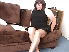 Sexy New Petti Gets me to sperm