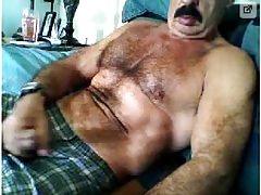 Moustache dady jerking off (no cum)