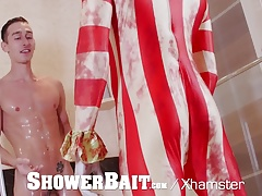 ShowerBait - CREEPY Clown Makes Porn Debut on Halloween