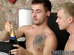Jack Green and his butt buddy Chris Jansen have anal sex