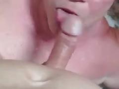Older grandpa sucking a clean nice big cock