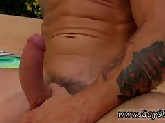 Trenton enjoys threeway session by the pool