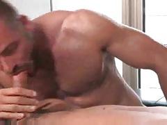 Sweaty sex with hot bottom