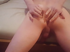 Cumming while toying my ass