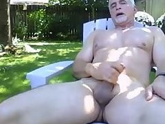 Hot Daddy wanks outiside