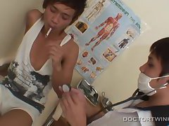Asian Twinks Non and Por Bareback