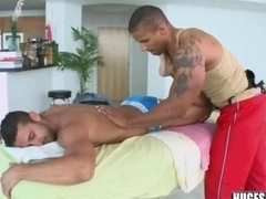 Dude gets massaged with happy ending