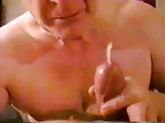 Old grandpa sucking a nice penis