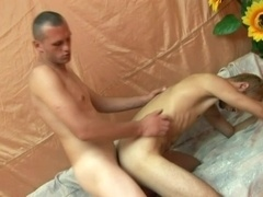 Blonde queer blows and gets his butt drilled from behind