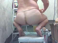 Joey D nice anal shows curvy pale boy butt