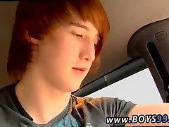 Super-cute teen trio in a car