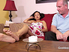 STEP daughter-in-law DOESN'T WANT TO GET prego - princess FOOTJOBS - LUNA JINX
