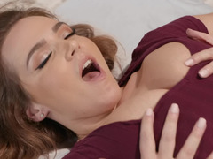 Really good masseur knows how to bring busty chick pleasure