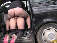 Yasmin gives this perverted driver what he wants