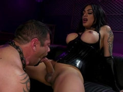 Fierce Busty Goddess Eva Maxim Fucks Man Meat Draven Navarro