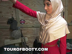 tour OF bootie - Arab damsels Are Rounded Up By American Troops 4 A Good Time