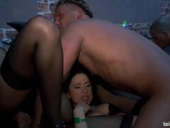 Heart-stopping sex party in the czech night club