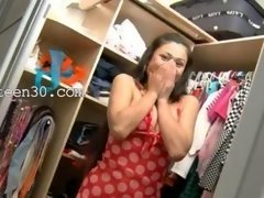 It's quite lovely vid of Exotic 18-19 year old in shoes teasing in a closet
