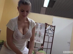 Masseuse With Big Natural Jugs Cash For Sex