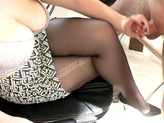 amateur nubile Step Sis Hadnjob and Cumshot on her stocking