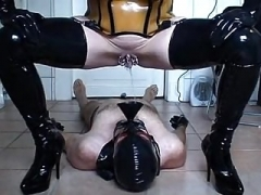 Rubber hoe - urinating & banging - piece 3-6