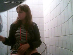 hidden camera in the college girl toilet-4