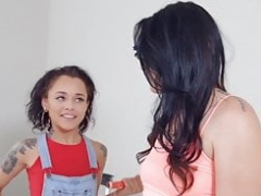 When Babes Play - Holly Hendrix Alissa Jayde - Paint Pussy