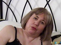 EuropeMaturE British Mature Hot Solo Masturbation