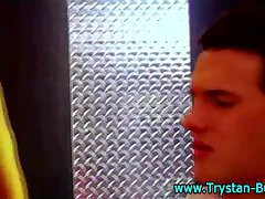 Trystan bull cums in twinks face