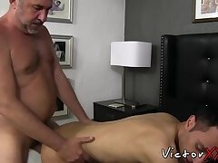Hardcore gay Prince doestoryed by daddys raw cock