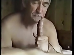 Older sucks and swallow cum