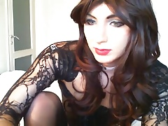HOT crossdresser HannalhCD in black cums