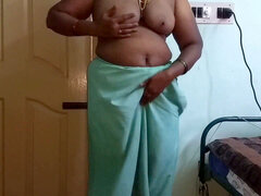 desi indian kinky tamil telugu kannada malayalam hindi cheating wife wearing saree vanitha showcasing big boobs and shaved pussy press hard boobs pres