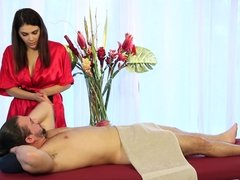 All-natural Valentina Nappi puts big pussy hungry cock right inside her