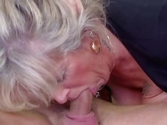 Breasty grown-up loves young cock