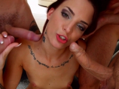 Lien Parker blowbanged by a group of men until cum blast by