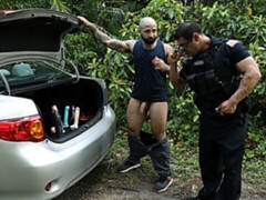 Kinky criminal Atlas Grant banged by officer Draven Navarro